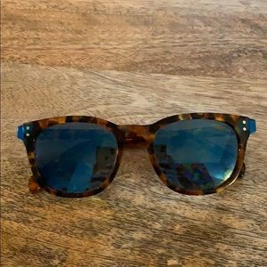 MARC BY MARC JACOBS turtoise shell and blue lens